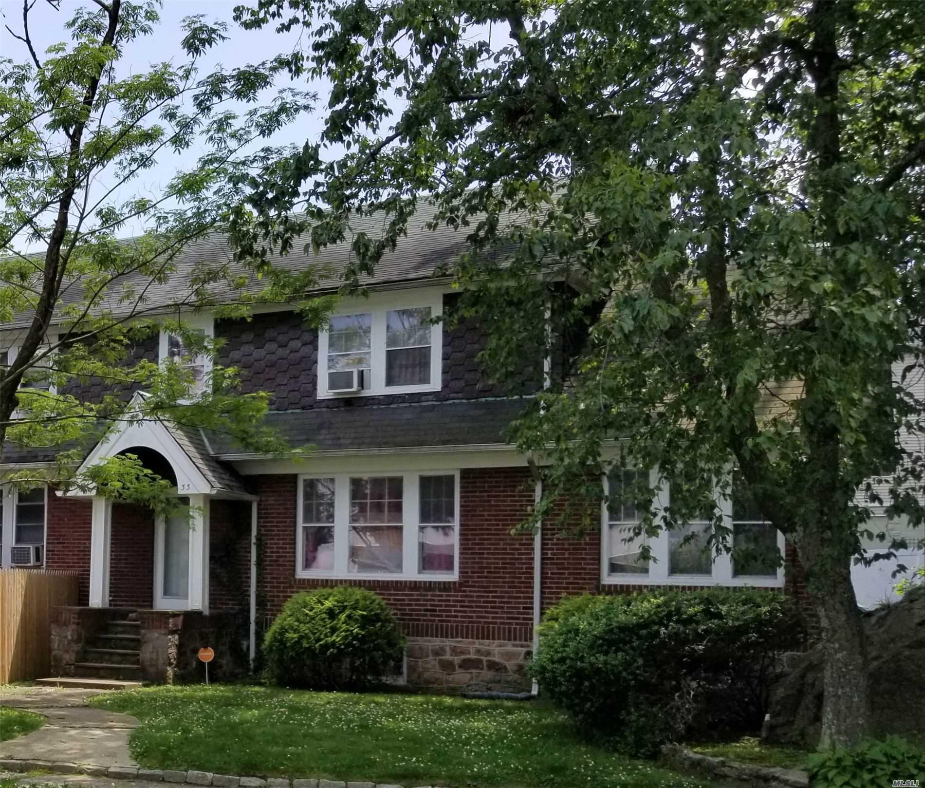 33 Pierce St New Rochelle NY 10801